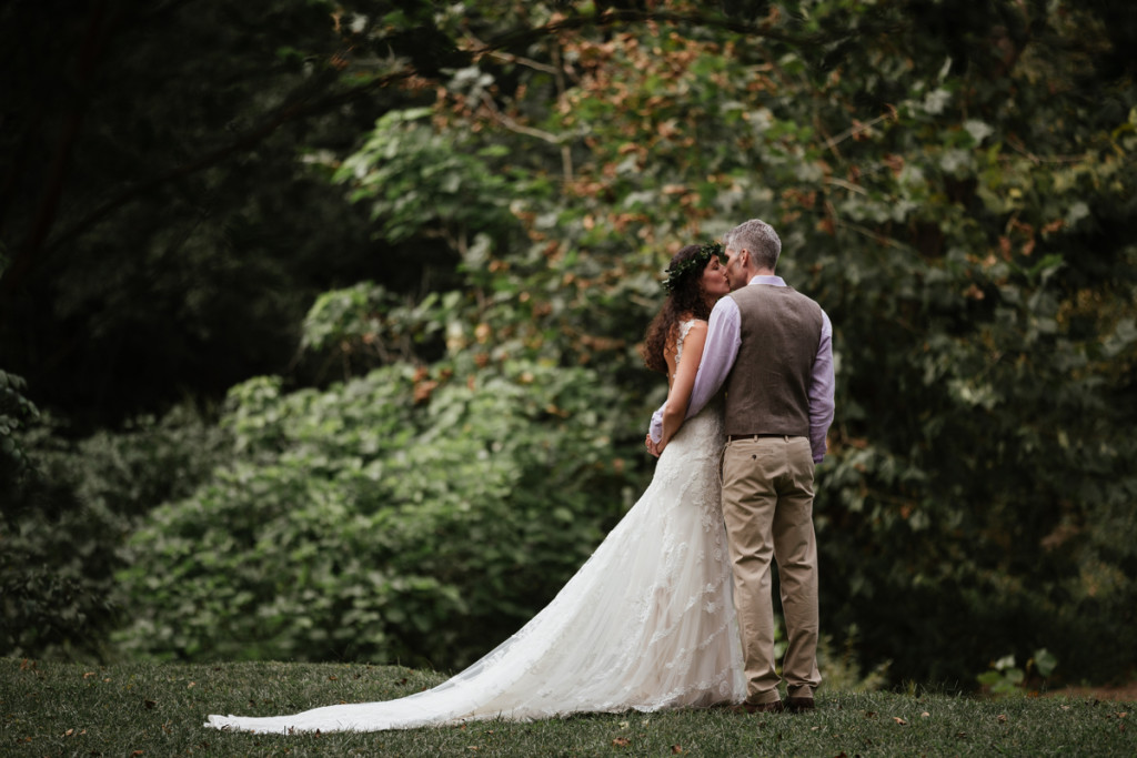 52-Hidden-River-Events-Wedding-Asheville-Wedding-Photographer-Wedding-RIvkah-Fine-Art-Photography-Mountain-Wedding-Carolina-Weddings-1024×683